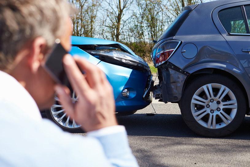 Nowoczesne systemy bezpieczeństwa mogą uchronić kierowcę przed nieprzyjemnymi zdarzeniami drogowymi /123RF/PICSEL