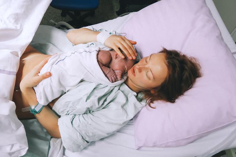 Noworodki urodzone przez użytkowniczki marihuany są: mniejsze, mają niską wagę urodzeniową, występuje u nich wysokie ryzyko mózgowego porażenia dziecięcego /123RF/PICSEL