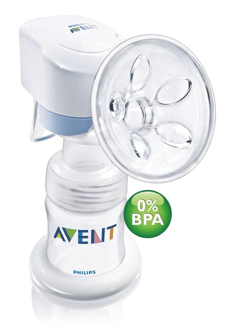 Nowy, komfortowy laktator Philips AVENT z serii Natural, zapewnia dziecku najlepszy start w życie, a mamie najwyższy komfort, aby mogła dłużej karmić piersią /Philips AVENT
