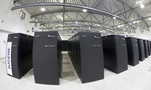 Nowy komputer ma być tysiąc razy szybszy od najmocniejszej obecnie maszyny w Europie - JUGENE /HeiseOnline