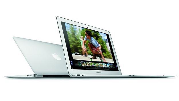 Nowy MacBook Air niewiele różni się od poprzednika /materiały prasowe