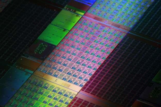 Nowy materiał może zastąpić krzem i stać się rewolucją w świecie komputerów /AFP