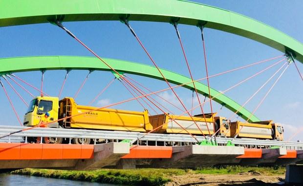 Nowy most na Warcie poddany ekstremalnym obciążeniom