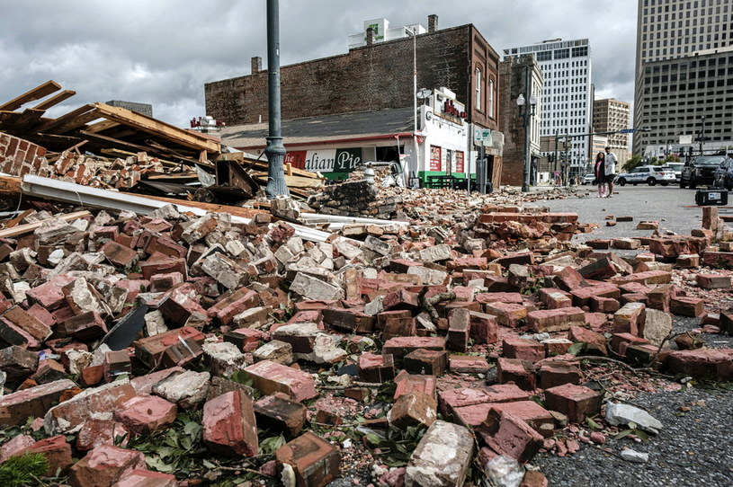 Nowy Orlean po przejściu huraganu /DAN ANDERSON  /PAP/EPA
