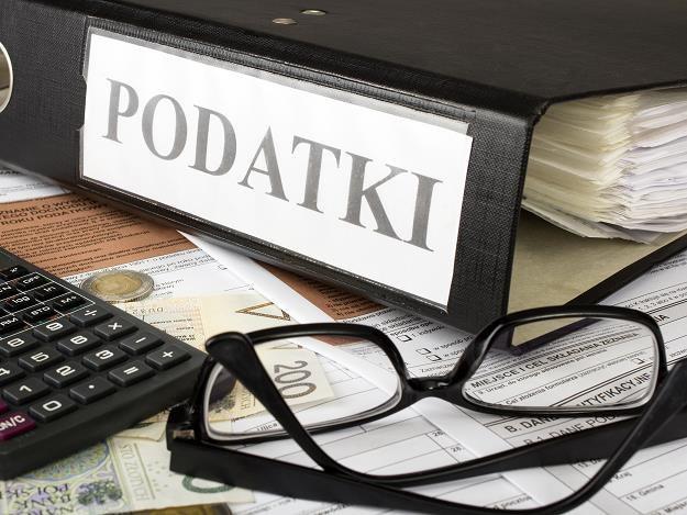 Nowy podatek w drodze. Firmy już uciekają z  Polski... /©123RF/PICSEL