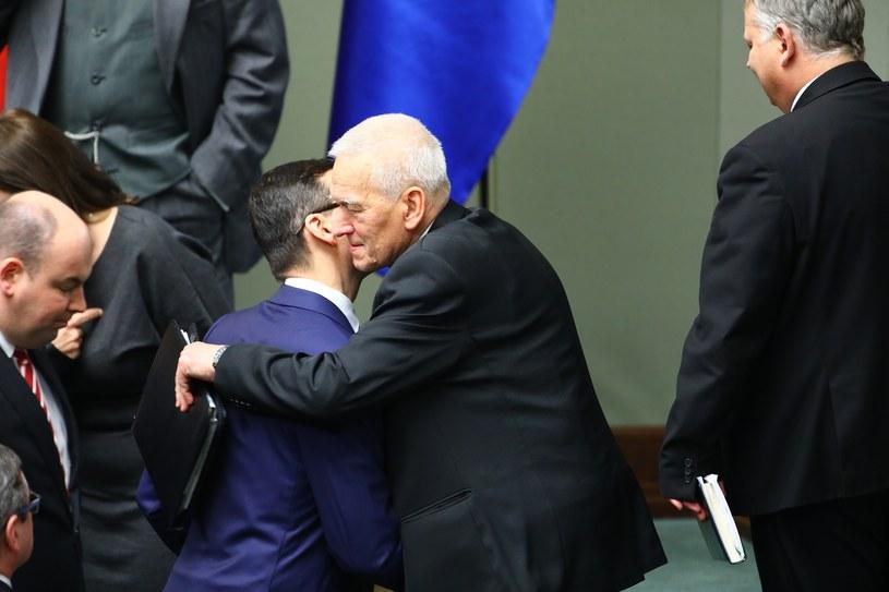 Nowy premier z ojcem Kornelem Morawieckim /STANISLAW KOWALCZUK /East News