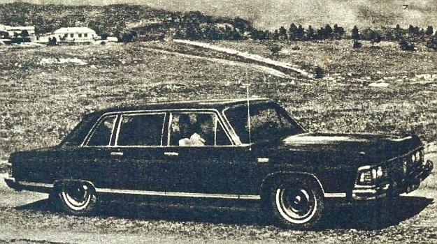 Nowy radziecki samochód reprezentacyjny - GAZ 14 Czajka (fot. Za Ruliom) /GAZ