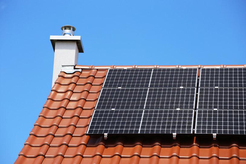 Nowy rekord w produkcji prądu padł w momencie, kiedy pełną parą pracowało tylko 75 proc. wszystkich instalacji słonecznych w kraju /123RF/PICSEL