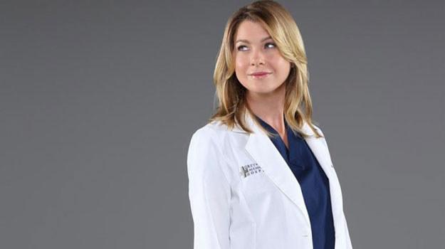 – Nowy sezon będzie skoncentrowany na Meredith. Opuściła ją Cristina, pojawia się przyrodnia siostra, a mąż zmierza w innym kierunku – zapowiedziała Shonda Rhimes na początku nowego sezonu. I miała rację. Rozterki na nowo zagoszczą w życiu Grey. Czy w razie czego poradzi sobie z kolejnym odejściem bliskiej jej osoby? /materiały prasowe