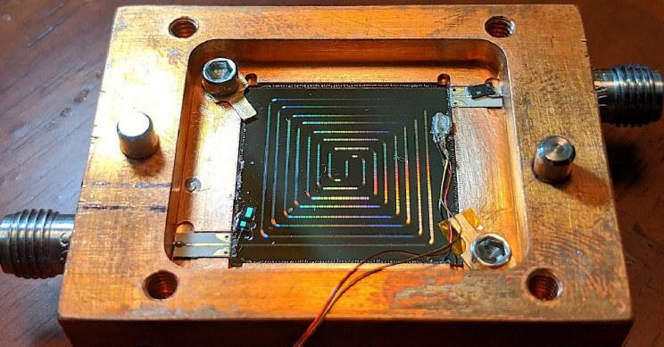 Nowy termometr naukowców z NIST - 1200 termometrów tego typu mogłoby zmieścić się na 3-calowej płytce krzemowej /materiały prasowe