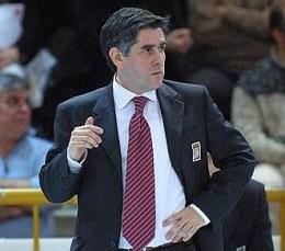 Nowy trener reprezentacji Polski siatkarzy, Argentyńczyk Raul Lozano /www.lubevolley.it