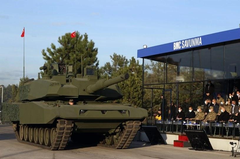 Nowy turecki czołg podczas pokazu. Fot. Tureckie Ministerstwo Obrony /materiały prasowe