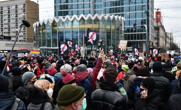 Nowy tydzień w polityce: Protesty, szczyt UE i posiedzenie Sejmu