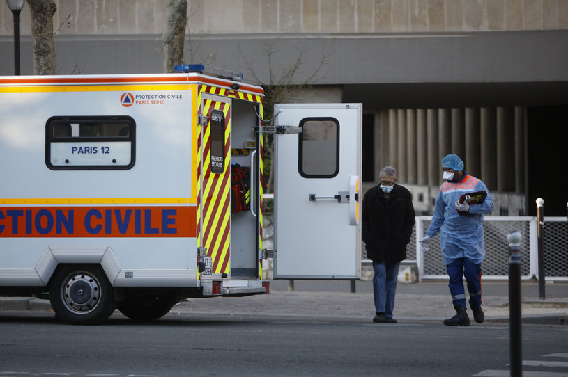 Nowy wariant koronawirusa dotarł do Francji ; zdj. ilustracyjne /Mehdi Taamallah/NurPhoto /Getty Images