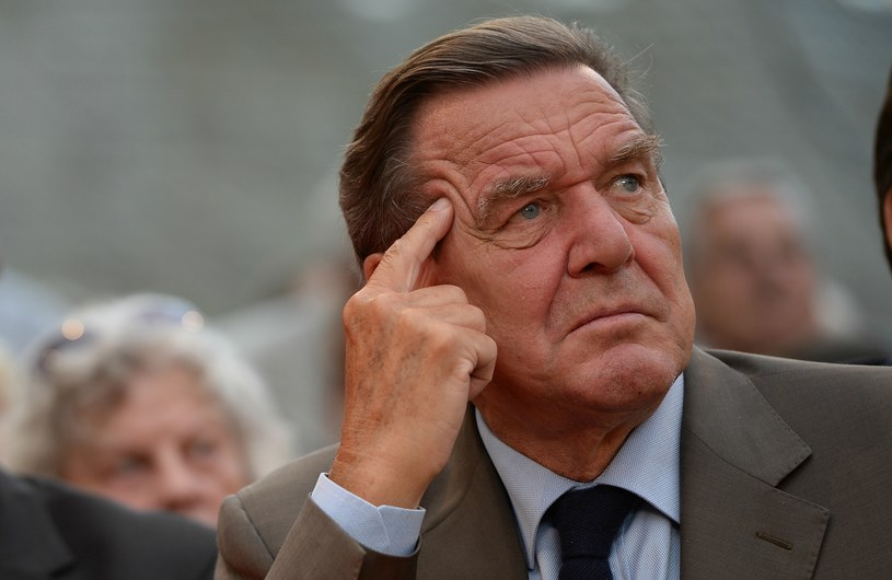 NSA miała podsłuchiwać Gerharda Schroedera nie tylko gdy był kanclerzem /AFP