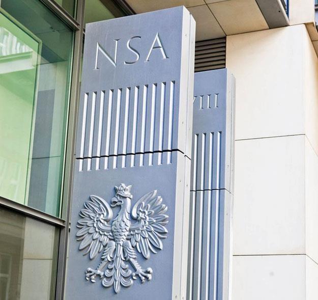 NSA: Pracownik izby skarbowej musi znać wyroki sądów... Fot. ANDRZEJ LANGE /Agencja SE/East News