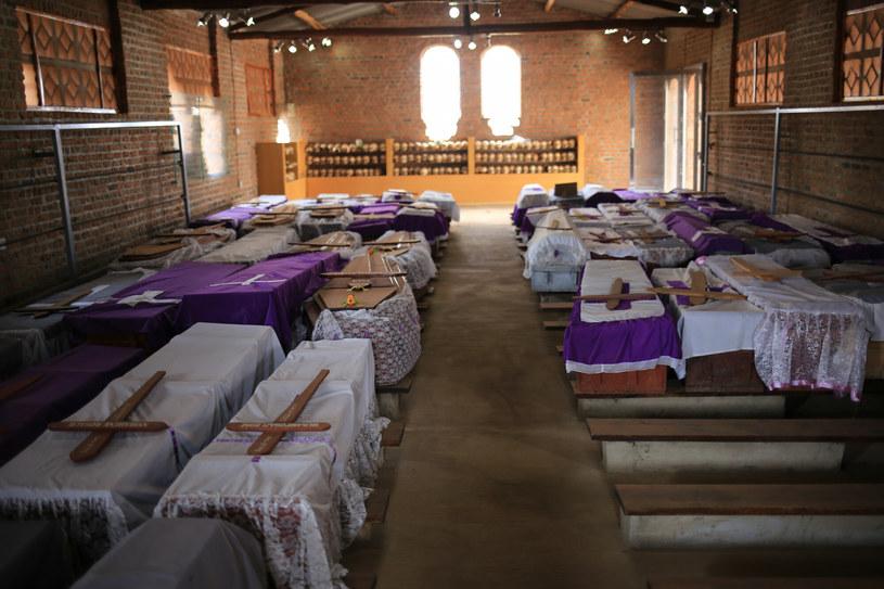 Ntarama Genocide Memorial Centre, pomnik ofiar ludobójstwa pochodzenia Tutsi w kościele katolickim w miejscowosci Ntarama /Jacek Pawlicki /East News