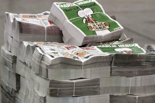 Numer będzie miał nakład 3 mln egzemplarzy /Eddy Lemaistre /PAP/EPA