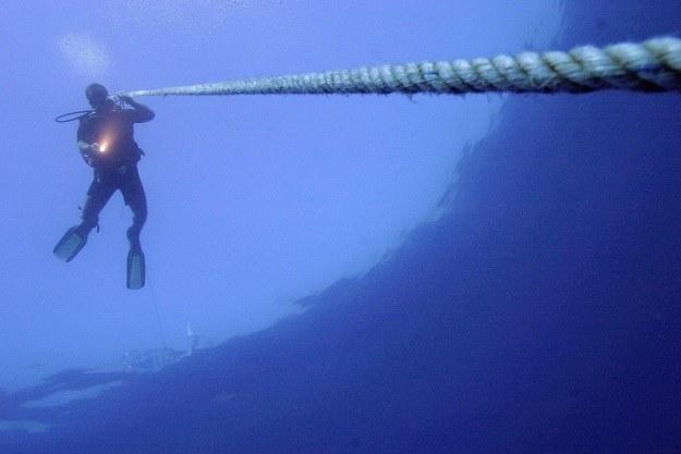 Nurkowanie głębinowe to wciąż egzotyka. A jeżeli kiedyś wszyscy będziemy musieli zejść po wodę? /AFP