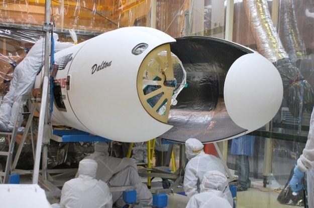 NuSTAR wielkościowo zbliżony jest do szkolnego autobusu (Fot. NASA) /materiały prasowe
