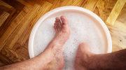 O czym świadczą bolące stopy
