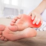 O czym świadczą gorące stopy?