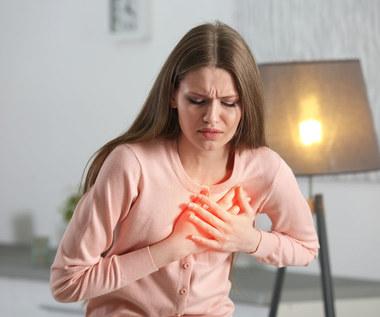 O czym świadczy ból w klatce piersiowej?