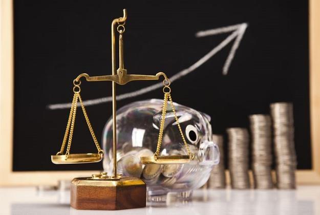 O dostatnią emeryturę musimy zatroszczyć się sami /©123RF/PICSEL