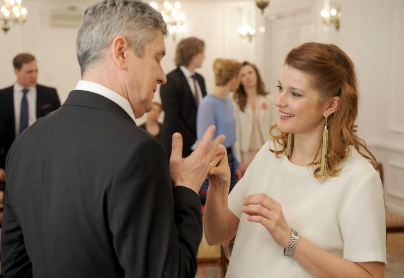 """""""O mnie się nie martw"""": Ślub z przeszkodami /Agencja W. Impact"""
