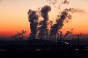 O odchodzeniu od węgla dużo się u nas mówi, ale znacznie mniej robi
