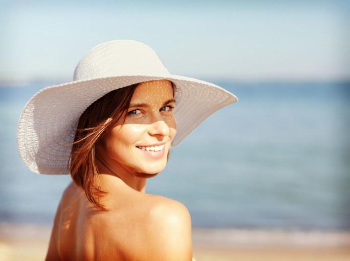 O pielęgnacji skóry trądzikowej, również latem /materiały promocyjne