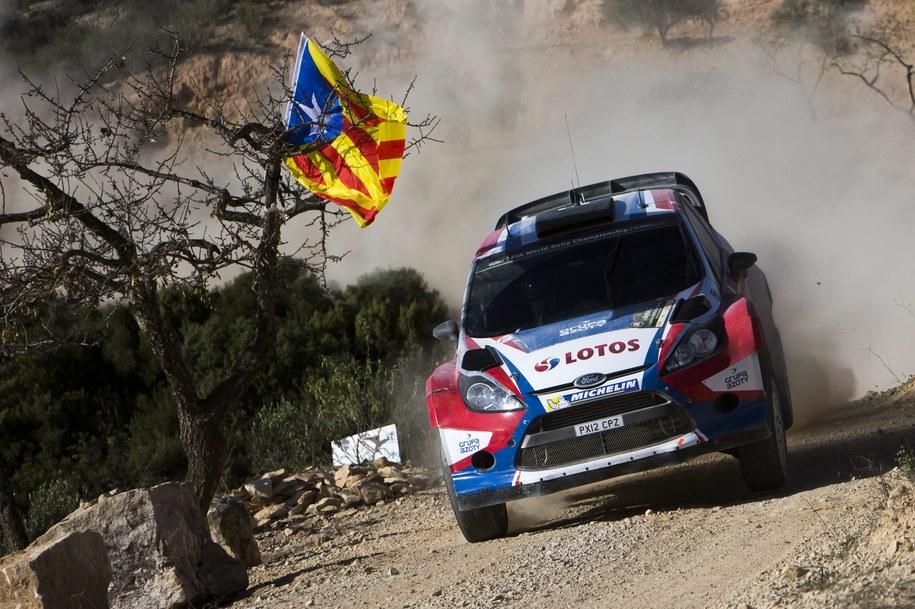 O problemach Kubicy na trasie poinformowali na Twitterze przedstawiciele światowej federacji WRC /NIKOS MITSOURAS /PAP/EPA