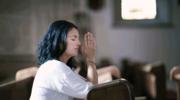 O różnicach między Panem Bogiem a Lotto, czyli: Jak modlić się o cuda i czy w ogóle warto?