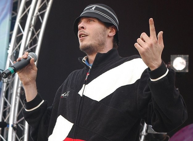 O.S.T.R. ocenia uczestników konkursu Coke Live Fresh Noise /AKPA