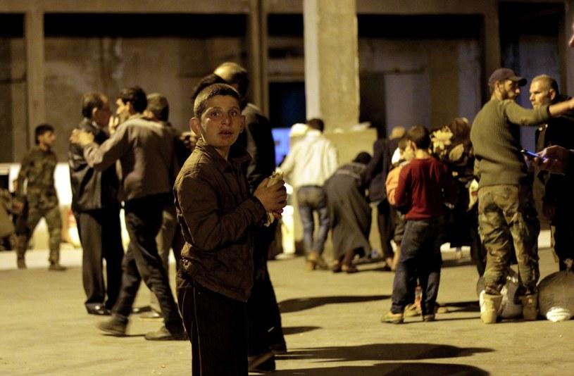 O świcie ewakuowano ok. 3 tys. osób /ABDO HAJJ AHMAD  /PAP/EPA