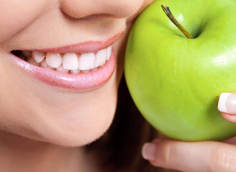 O uśmiech trzeba dbać! /123RF/PICSEL