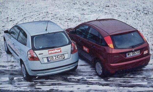 Oba samochody są śmiałe stylizacyjnie, ale w dzisiejszych czasach zupełnie nie szokują. /Motor