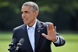 Obama: Naloty USA zniszczyły broń i sprzęt islamistów w Iraku