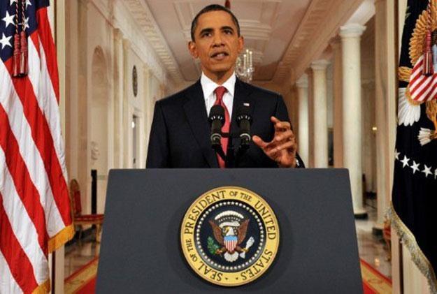 Obama zagroził, że rząd może wstrzymać wypłaty emerytur i innych świadczeń socjalnych /AFP