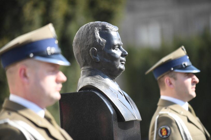 Obchody 7. rocznicy katastrofy smoleńskiej w Warszawie /Bartłomiej Zborowski /PAP