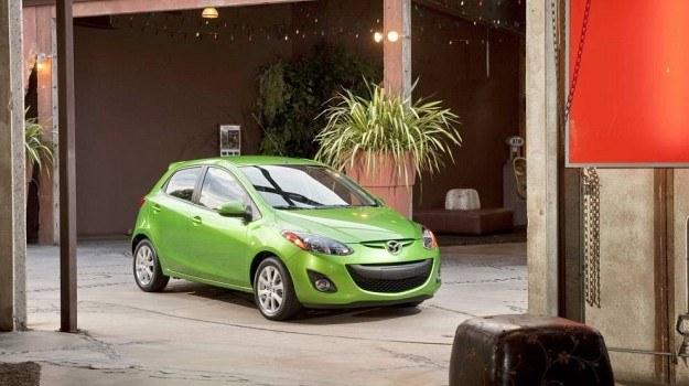 Obecna generacja Mazdy 2 (DE) zadebiutowała w 2007 roku. /Mazda