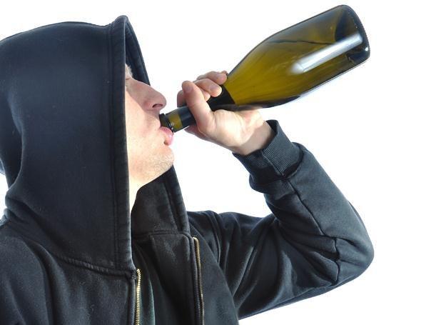 """Obecnie co 10. butelka wypijana w Polsce to tzw. """"odkażanka"""" /© Panthermedia"""