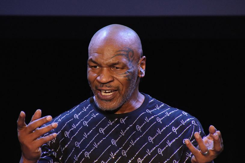 Obecnie Mike Tyson już jako biznesmen próbuje odbudować dawną fortunę /Donald Kravitz /Getty Images