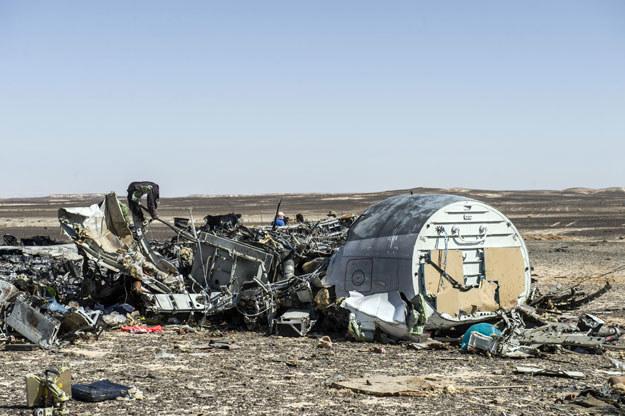 """""""Obecnie są rozważane dwie wersje: coś umieszczonego wewnątrz samolotu i awaria techniczna"""" /AFP"""