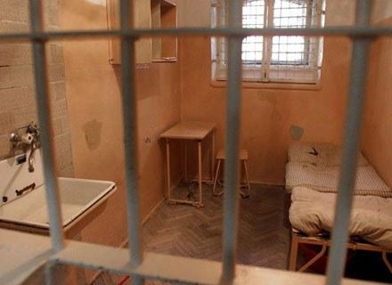 Obecnie w więzieniach przebywa blisko 800 pedofili/fot. Wojciech Rzazewski /Agencja SE/East News