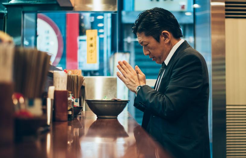 Obiad na mieście to marnowanie czasu. Japończycy dobrze to wiedzą /123RF/PICSEL