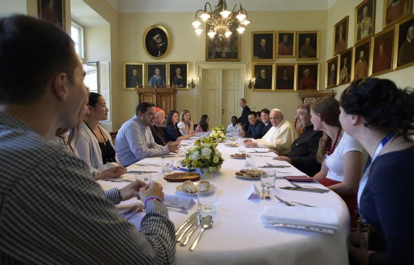 Obiad z udziałem papieża /PAP/EPA