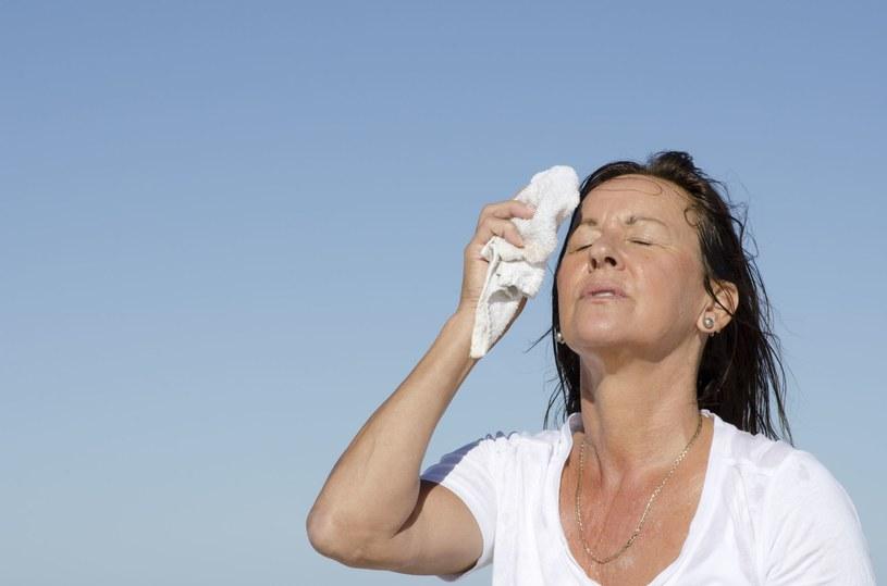 Objawy zawału to nie tylko duszności i ból w klatce piersiowej /123RF/PICSEL