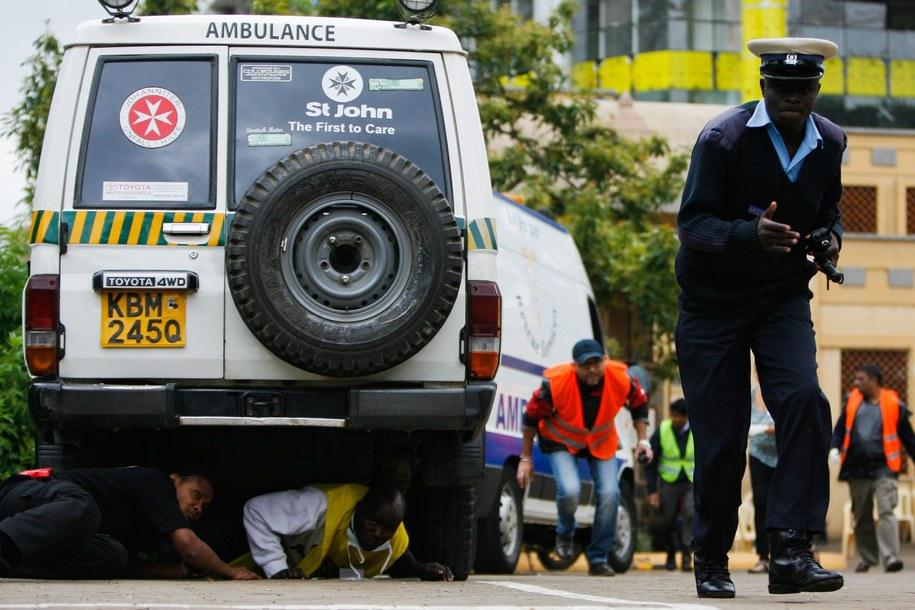 Oblężenie centrum handlowego w Nairobi /DANIEL IRUNGU  /PAP/EPA