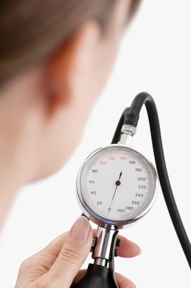 obniżenie ciśnienia krwi /© Photogenica